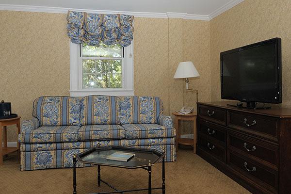 CT Spa Bedroom